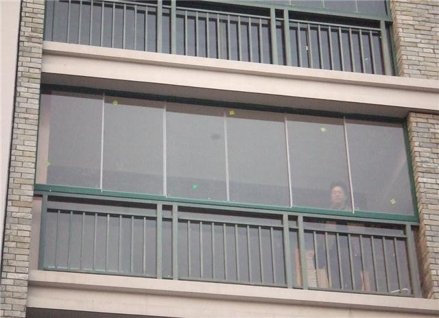 无框玻璃窗好用吗 无框玻璃窗安装