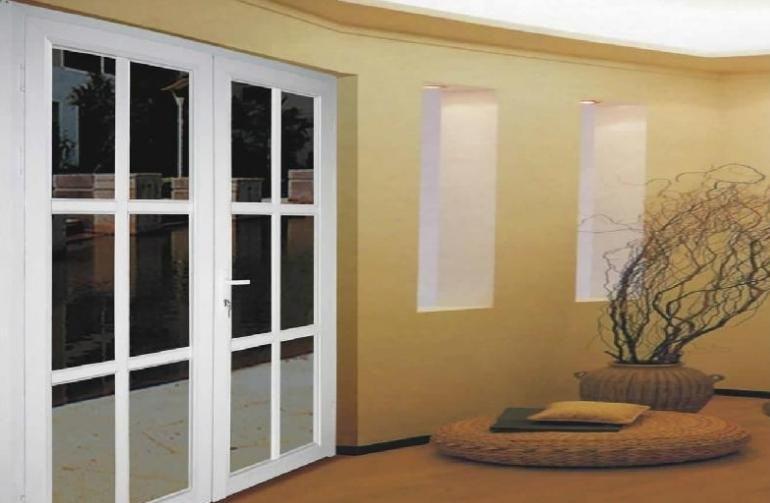 铝型材门窗处理角部架结构加强与密封的方法